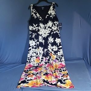 Beautiful Floral Design Maxidress - CHAPS